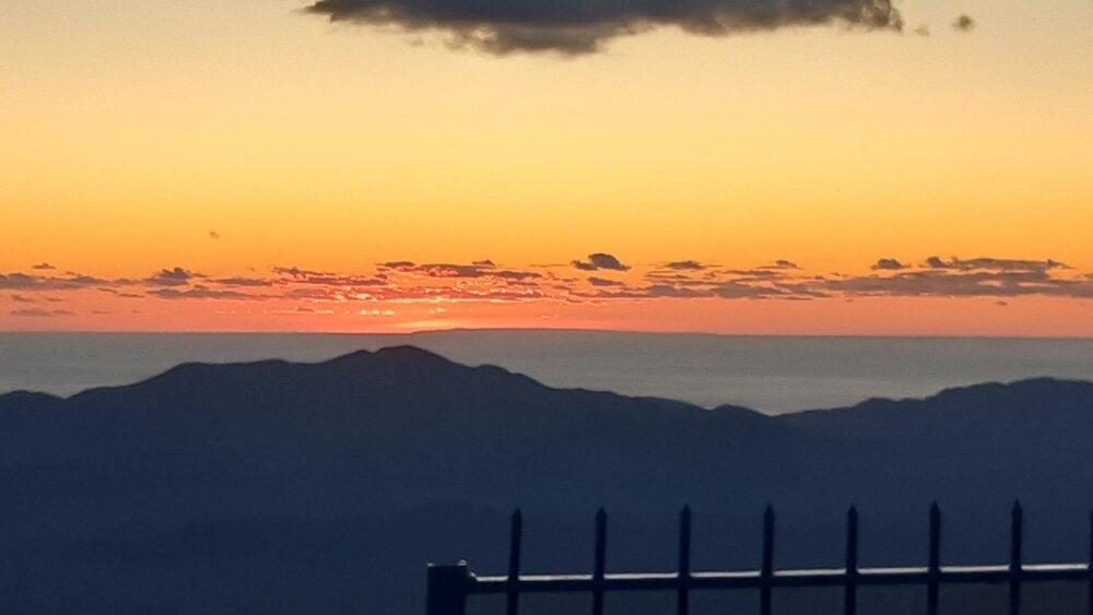 Докле сеже поглед са Леотара… или: Планинар је фотографисао предјеле са Леотара, а оно што је снимио…погледајте!!! (ФОТО, ВИДЕО)