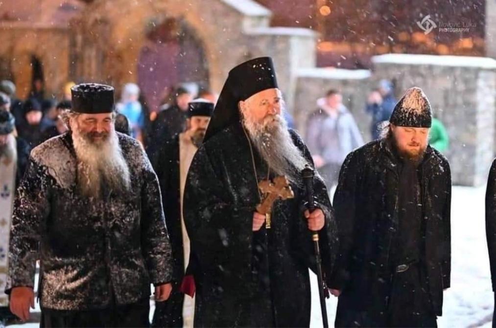 Владика Јоаникије: Спремни смо да бранимо светиње и својим животима
