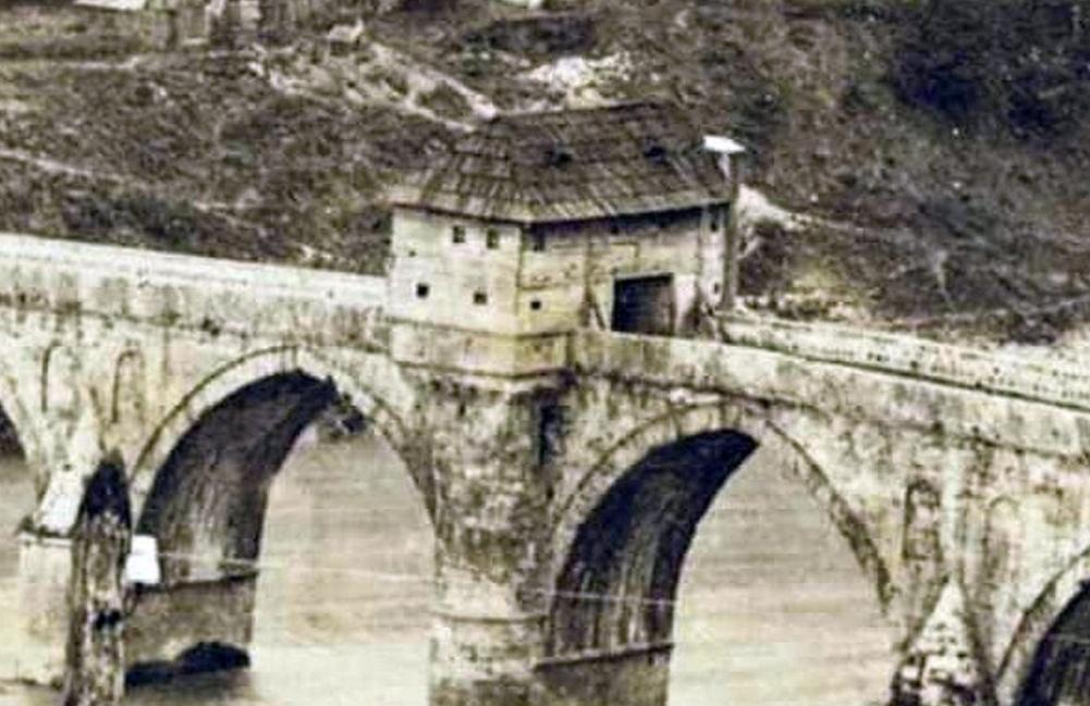 Ријетка фотографија Вишеградског моста