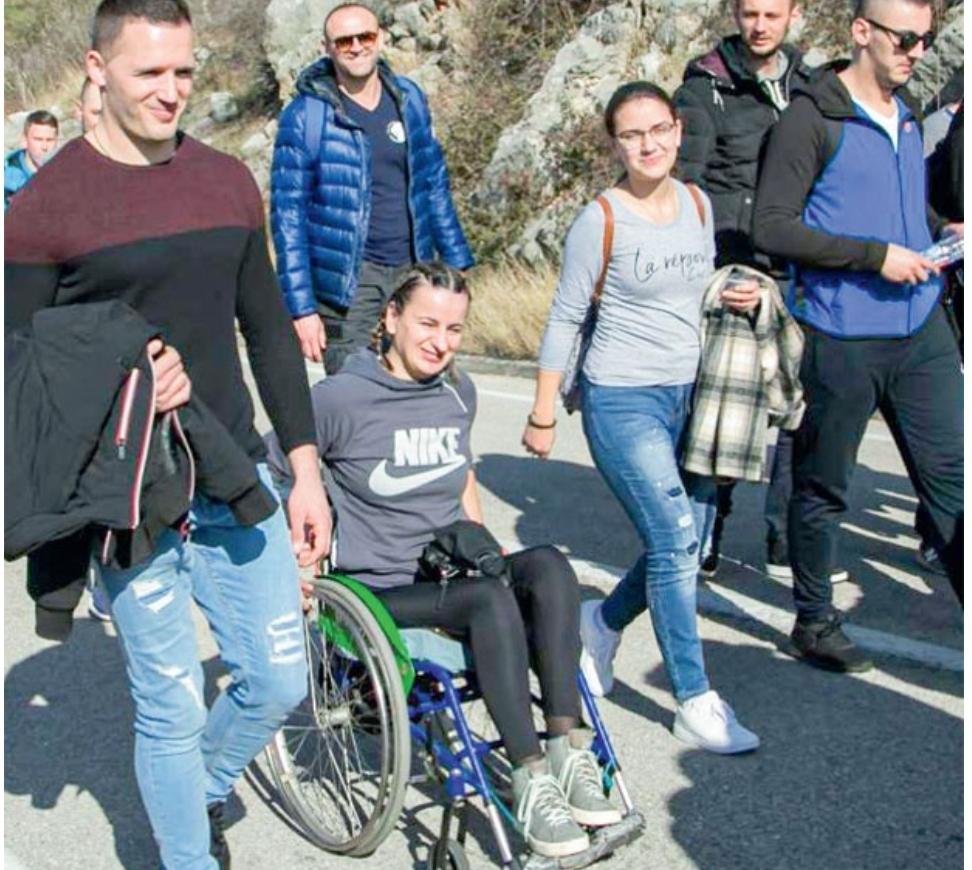 Милица у колицима прешла пут од 30 км од Мркоњића до Требиња