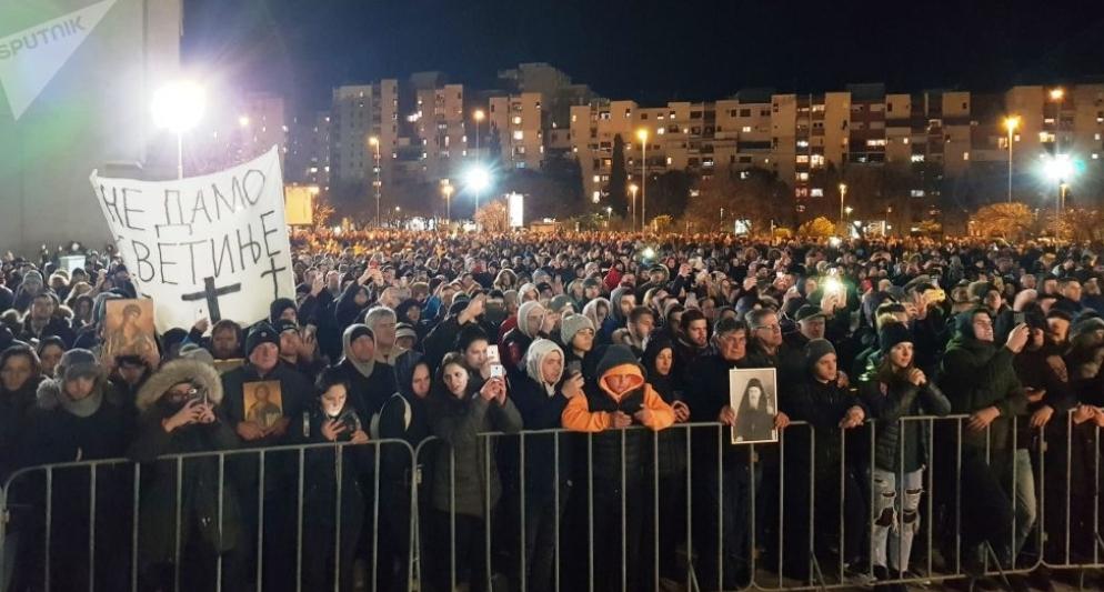 """Митрополит Амфилохије: Власт """"буди сјеме мржње"""" у Црној Гори"""