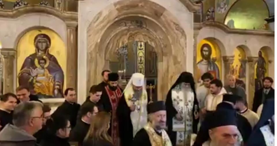 Митрополит кијевски и целе Украјине предводио литију у Подгорици /видео, фото/