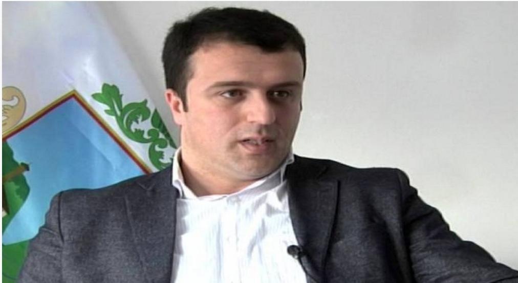 """Муховић би Србима из БиХ да """"организује тракторијаду"""" за Србију"""