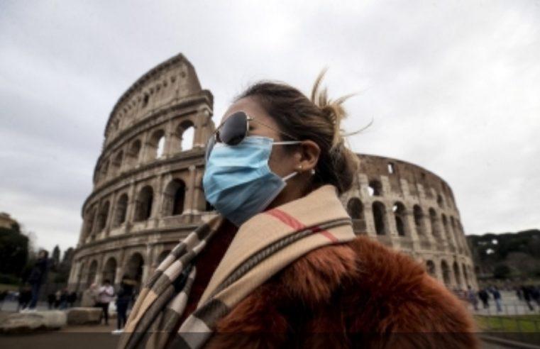 За пољубац или загрљај у Италији казна 400 евра