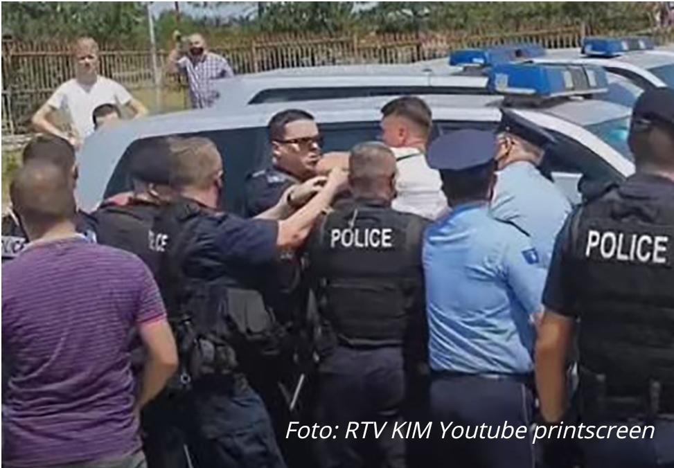 Ухапшени Срби на Газиместану – Нису хтјели да предају српску заставу (ВИДЕО)
