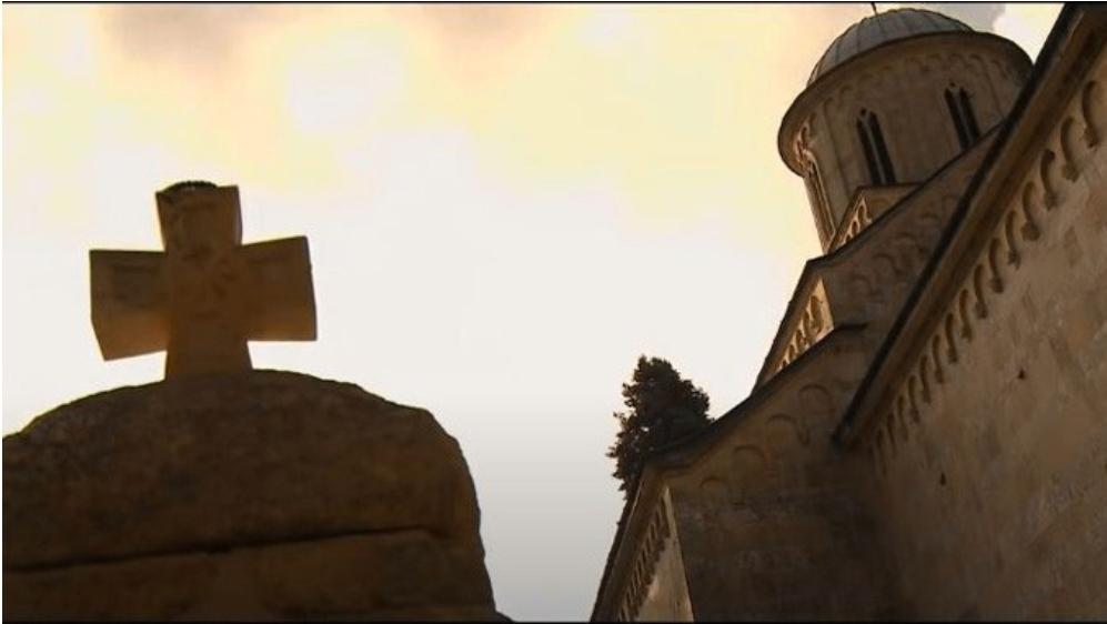Холивудски глумац Џонатан Џексон снимио видео о српским светињама
