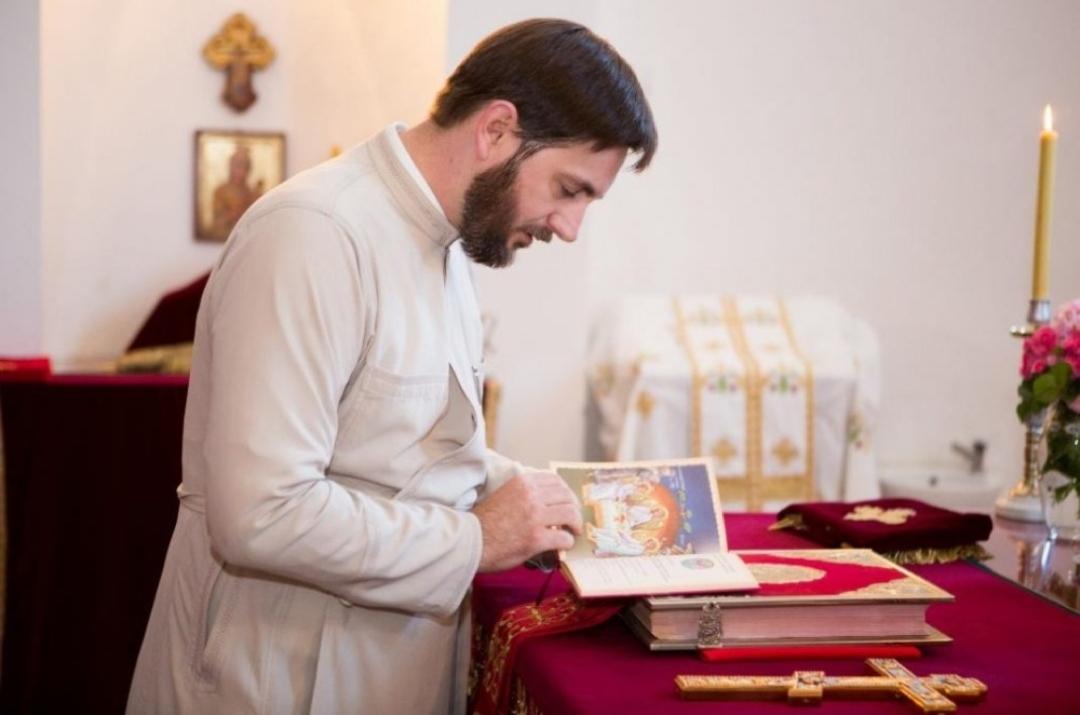 Протојереј Данило Дангубић: Наташини крстови