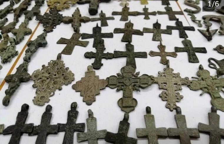 Богата археолошка збирка из Украјине заплијењена на граници Србије