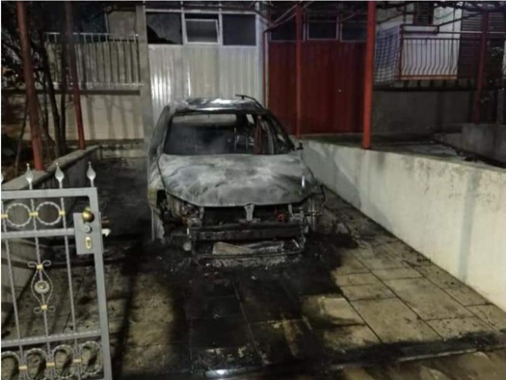 Изгорјело возило у Требињу