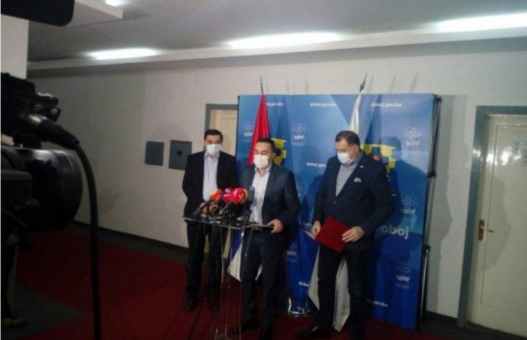 Додик у Добоју најавио бојкот општих избора у БиХ 2022.