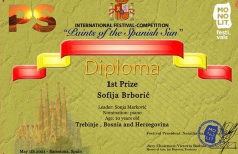 Софија Брборић освојила прву награду на интернационалном музичком фестивалу  у Барселони